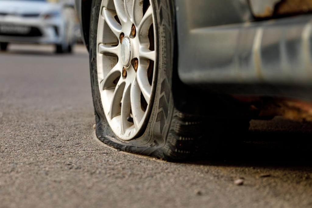 Dixieone Towing Flat tire Brampton